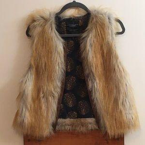 Sanctuary Clothing Sz Medium Women's Faux Fur Vest